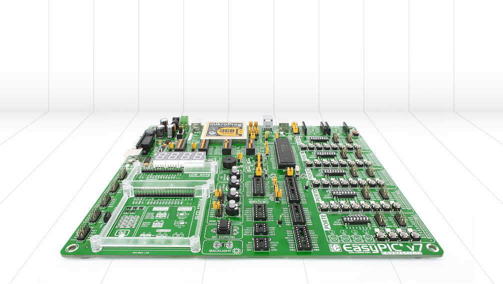 EasyPIC v7 Board