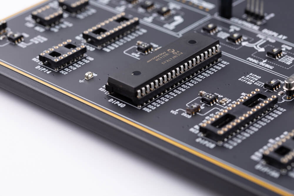 EasyPIC v8 DIP socket