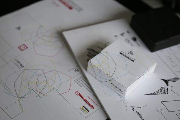 Hexiwear packaging design process