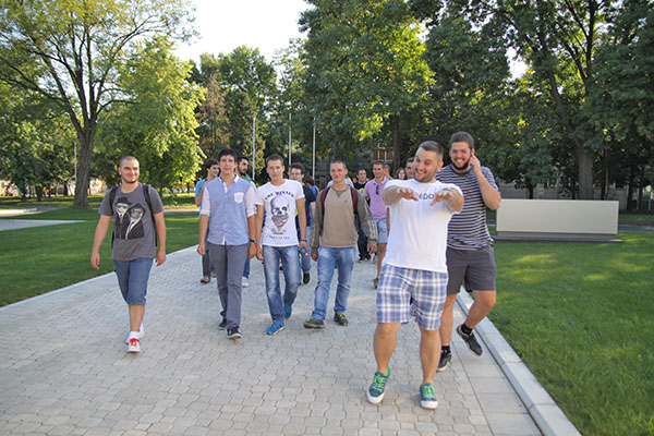 Petnica's young talents visiting MikroElektronika HQ