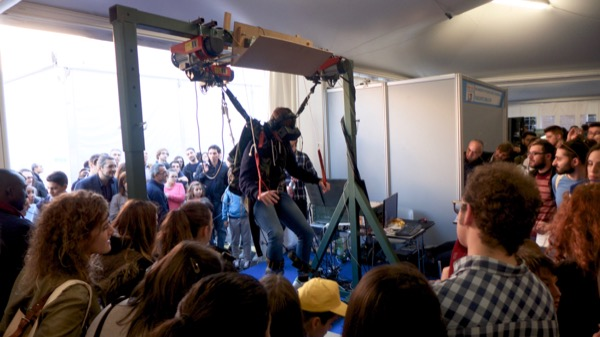 Parachute simulator