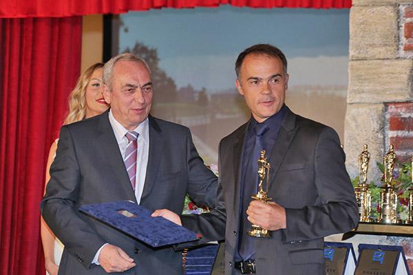 MikroElektronika Receives Belgrade Victor Award as the Best Company In Belgrade