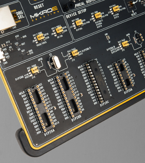 EasyPIC v8 for PIC24/dsPIC33 mcu card