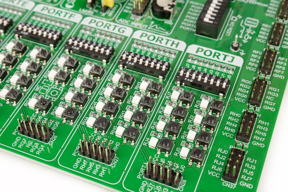 EasyPIC v7a Input/Output